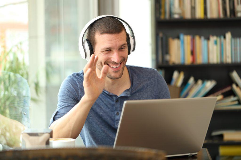 """Gemeinsamer virtueller Donut slack App """"Donut"""" virtueller Donut Homeoffice virtueller Kaffee regelmäßiger Austausch mit jedem Teammitglied Erhöhung der Sozial- und Mitarbeiterkontakte"""